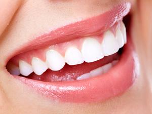 白い歯の画像.jpg