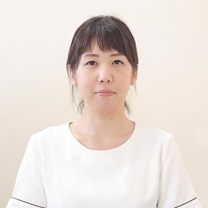 スタッフ写真(吉原未愛).jpg